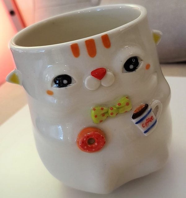 "Cup ""Cat with a Donut"" - Title: Cup ""Cat with a Donut"""